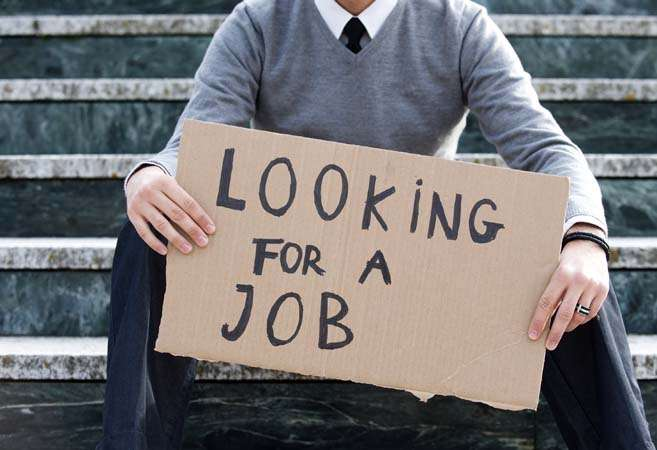 Australia's jobless rate slips, but youth face tough times - Inside Financial Markets
