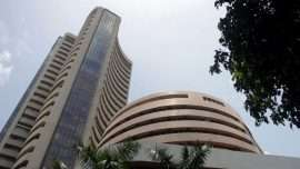 Sensex, Nifty tumble as HDFC Bank drags; GDP data awaited - Inside Financial Markets